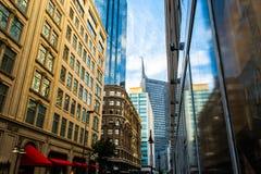 Im Stadtzentrum gelegenes aPerspective Stockfotos