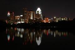 Im Stadtzentrum gelegenes Austin, Texas nachts stockbild