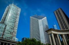 Im Stadtzentrum gelegenes Chicago stockbilder