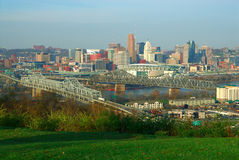 Im Stadtzentrum gelegenes Cincinnati Ohio stockbilder