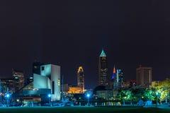 Im Stadtzentrum gelegenes Cleveland mit dem Rock-and-Rollmuseum Stockfotografie