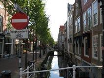 Im Stadtzentrum gelegenes Delft Lizenzfreies Stockfoto