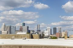 Im Stadtzentrum gelegenes Houston von der Autobahn stockfotografie