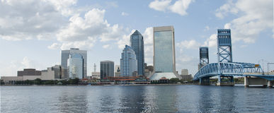 Im Stadtzentrum gelegenes Jacksonville Florida Stockfoto