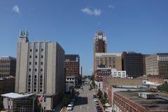 Im Stadtzentrum gelegenes Lansing stockbilder