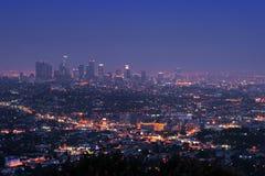 Im Stadtzentrum gelegenes Los Angeles nachts Stockbild
