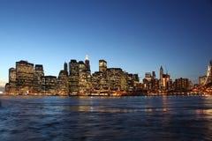 Im Stadtzentrum gelegenes Manhattan, Brooklyn-Brücke New York   Lizenzfreies Stockbild