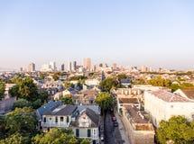 Im Stadtzentrum gelegenes New Orleans, Louisiana im Juli lizenzfreie stockfotos