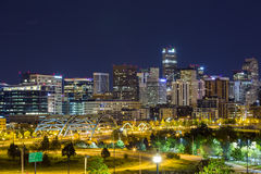Im Stadtzentrum gelegenes Panorama Denvers, Colorado Lizenzfreie Stockfotos