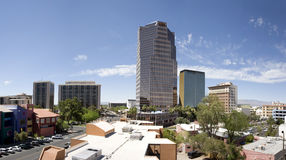 Im Stadtzentrum gelegenes Panorama Tucson-Arizona lizenzfreie stockfotos