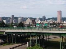 Im Stadtzentrum gelegenes Portland stockbilder
