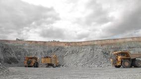 Im Tagebau stock video