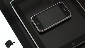 iMac iPad i iPhone 3gs smartphone jeden nad inny zbiory wideo