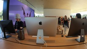 IMacs de Apple Store almacen de video