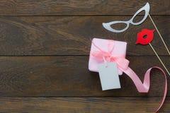 Image aérienne de configuration plate de concept de fond de vacances de jour de mères d'articles Image stock