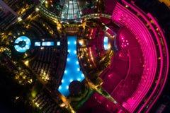 Image aérienne de l'espace piscine d'hôtel de Fontainebleau Image stock