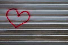 Image abstraite du coeur sur une frontière de sécurité en métal Images stock
