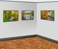 Image accrochant sur un mur gris au coin dans une galerie d'art photographie stock