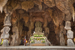 Image Buddha in cave Royalty Free Stock Photos