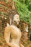 The image of Buddha and the ruins Royalty Free Stock Photo