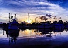 Image côtière colorée d'or magnifique de lever de soleil de nuage Australi image stock
