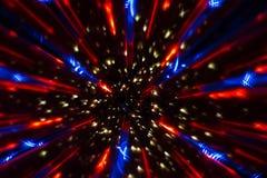Image circulaire faite avec un kaléidoscope Réflexion des lumières qui produit des images de type de fractale images stock