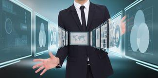 Image composée d'homme d'affaires se tenant avec des mains étendues Photo stock
