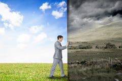 Image composée d'homme d'affaires éloignant la scène Photographie stock