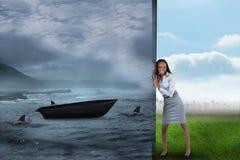Image composée de femme d'affaires éloignant la scène Image libre de droits