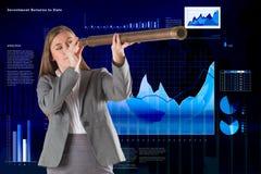 Image composée de femme d'affaires regardant par un télescope Image stock