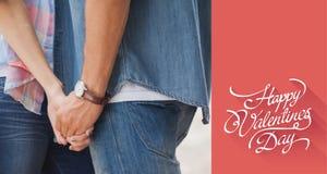 Image composée de jeunes couples de hanche tenant des mains Photos stock
