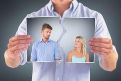 Image composée de jeunes couples faisant les visages idiots image stock