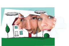Image composée de jeunes couples jetant un coup d'oeil par le papier déchiré images libres de droits