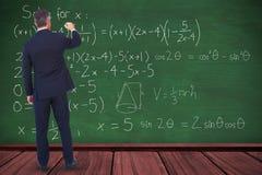 Image composée de l'écriture d'homme d'affaires avec la craie sur le fond blanc image libre de droits