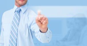 Image composée de l'homme d'affaires dans la chemise se dirigeant avec son doigt Photo stock
