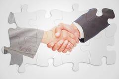 Image composée de poignée de main entre deux gens d'affaires images stock