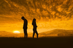 Image composée des couples de renversement ne parlant pas entre eux après combat Photo libre de droits