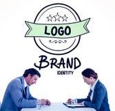 Image composée des gens d'affaires faisant un brainstorm ensemble Photo stock