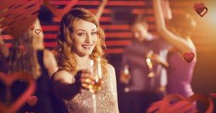 Image composée du portrait de la jeune femme tenant le verre de champagne Images libres de droits