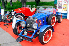 Image courante automobile de vintage de Ford Image libre de droits