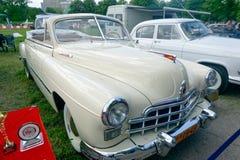 Image courante automobile de vintage du phaéton GAZ-12 (ZIM) Image libre de droits