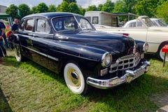 Image courante automobile du vintage GAZ-12 (ZIM) Image stock