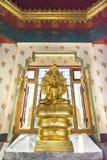 Image d'or de Bouddha photographie stock