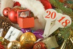 Image d'haut étroit de décorations de Noël photo stock