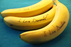 Image de banane avec des bananes d'amour de la calligraphie I Photos libres de droits