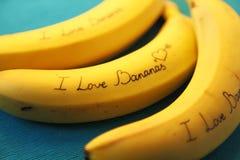 Image de banane avec des bananes d'amour de la calligraphie I Images libres de droits