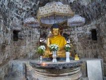Image de Bouddha au temple de Htukkant Thein, Myanmar Photos stock