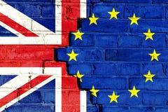 Image de concept de Brexit sur un mur de briques criqué Images stock