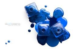 Image de cosmétiques de beaux-arts de vernis à ongles bleu vif Photos stock