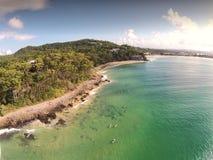 Image de film aérienne des surfers Noosa images stock